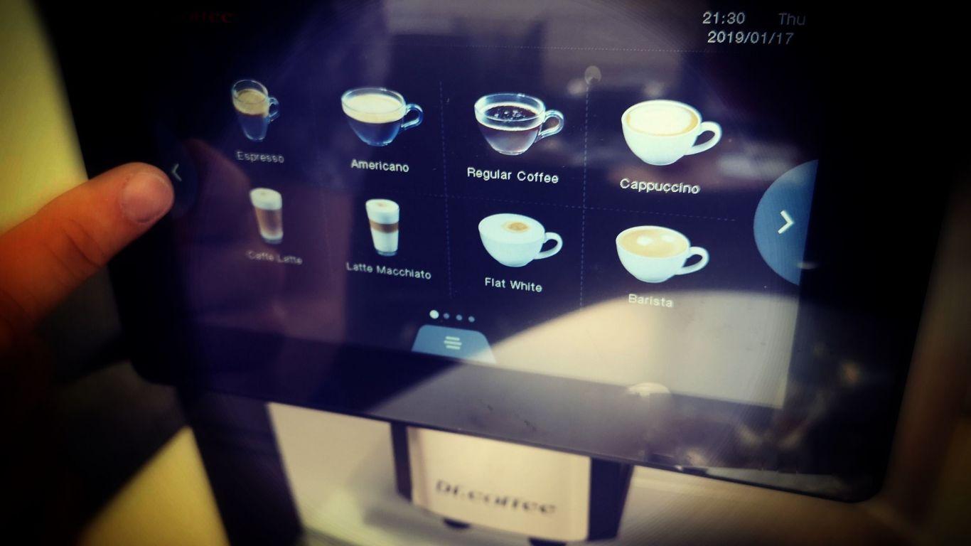 Nagyágyú a kávégépek között